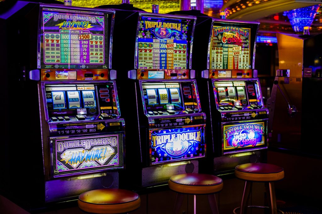 Wagering the aspects of Online Slots games