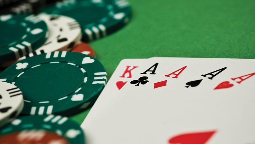 e games poker